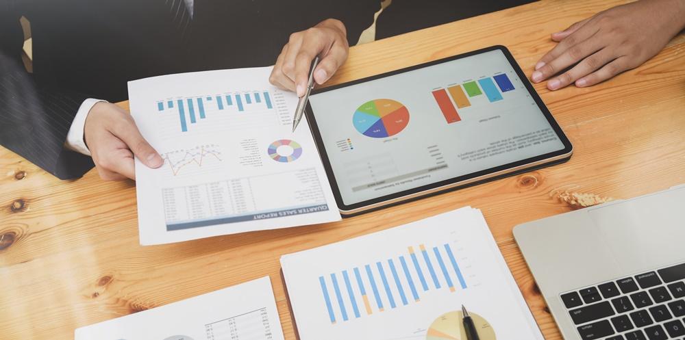 Quais métricas são analisadas em campanhas OOH?