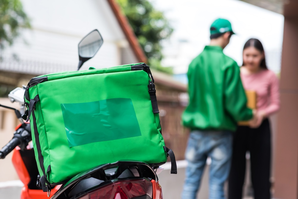 Bags, mochilas e baús: como usá-los para divulgar a sua marca?